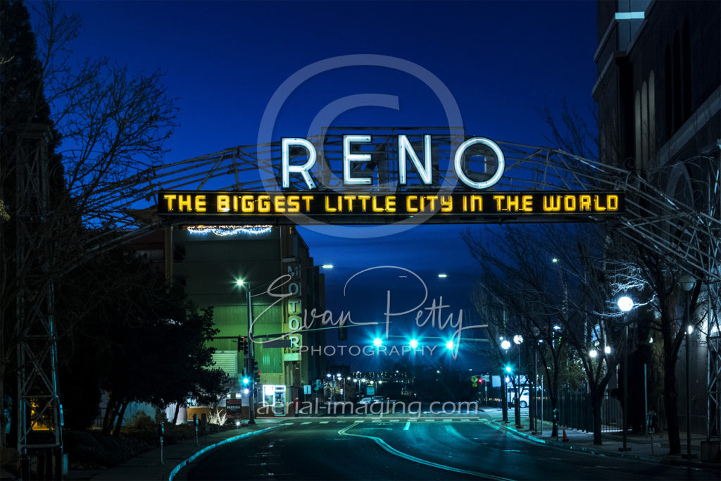 Reno's 1935-1963 Arch at Night
